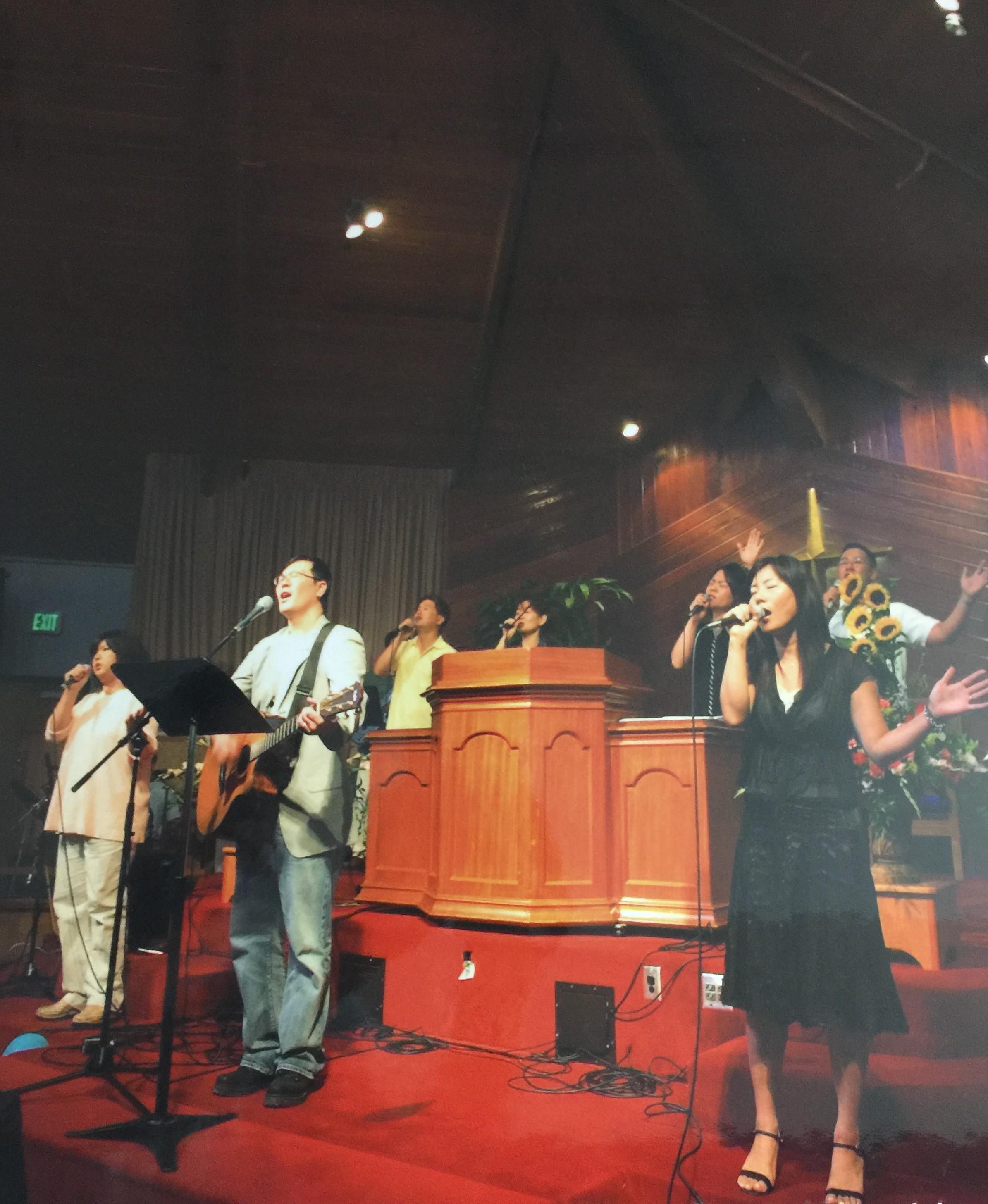 New Song Worship 신설 (4부 예배 시작)